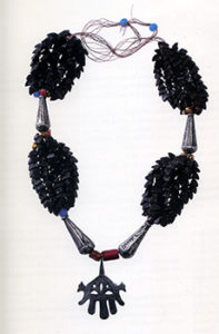 Skhab necklace