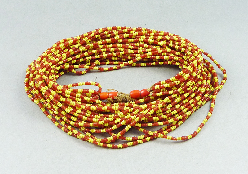 Bonda beads necklace
