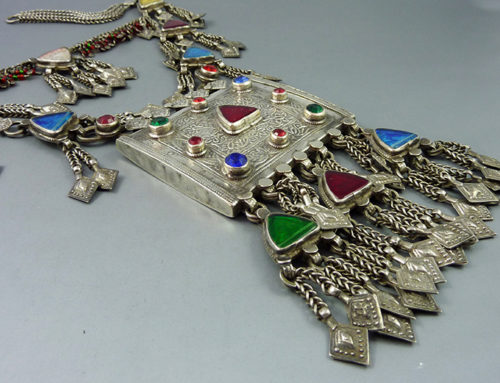 Pashtun silver and glass necklace, Pakistan