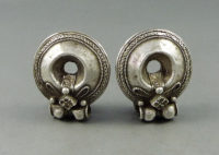 akota earrings