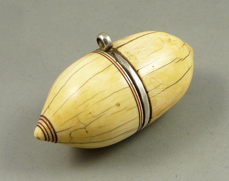 Indian pendant